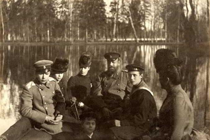 Александр III фото с семьей